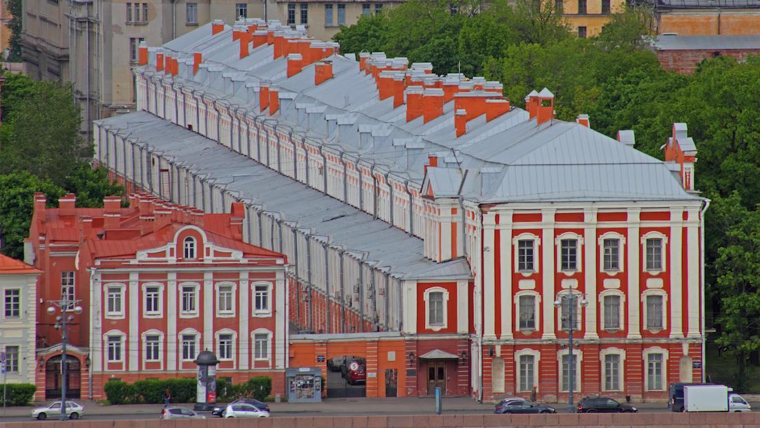 """Участие в конференции бесплатное. Размещение участников будет проходить в хостеле """"Друзья"""" в самом центре города, на канале Грибоедова."""