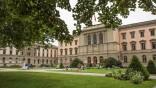 Университет Женевы учредил стипендию лучшим студентам магистратуры факультета естественных наук. Стипендия доступна студентам всех национальностей, любых университетов.
